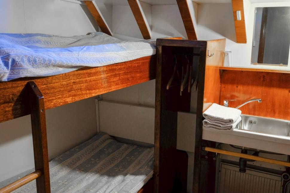 Utrecht room boat